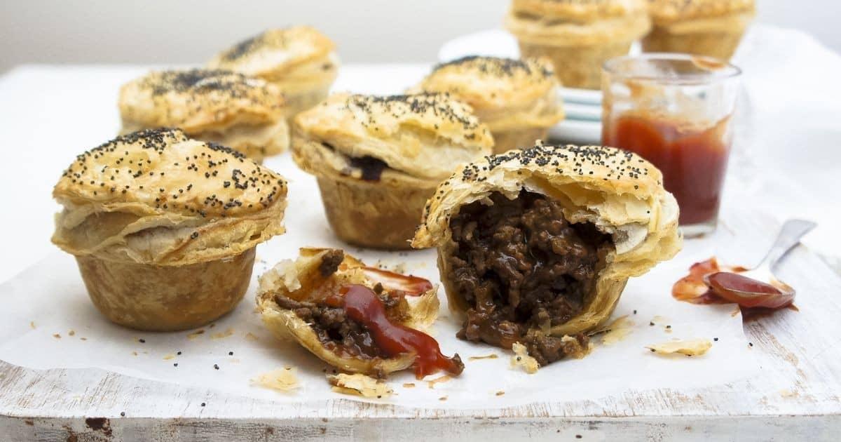 mini-meat-pies-953883-1.jpg